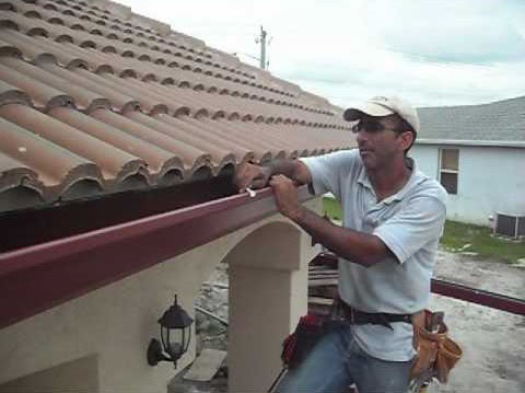 Cape Coral-Florida-gutter-installation